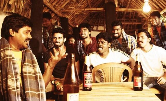 Ithiraiyil Varum Sambavangal Anaithum Karpanaiyae Trailer