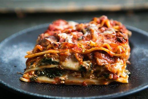 vegetarian-spinach-mushroom-lasagna-a-520