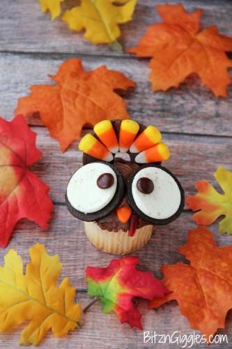 Wide-Eyed-Turkey-Cupcakes-5