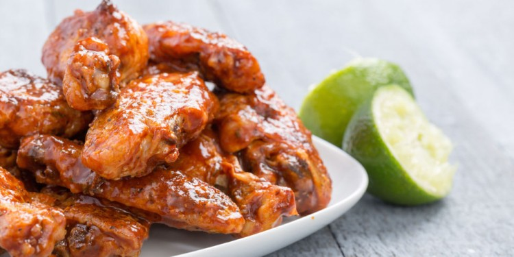 landscape-1445028602-slow-cooker-chicken-wings-chipotle