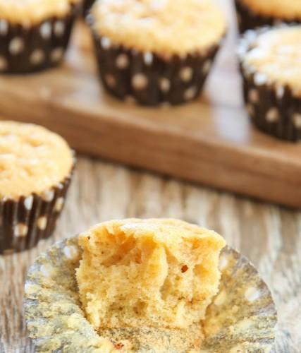 flourless-almond-muffins-11