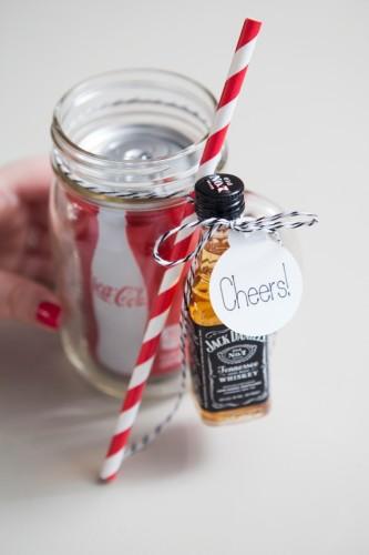 SomethingTurquoise-DIY-Mason-Jar-Cocktail-Gift-0008