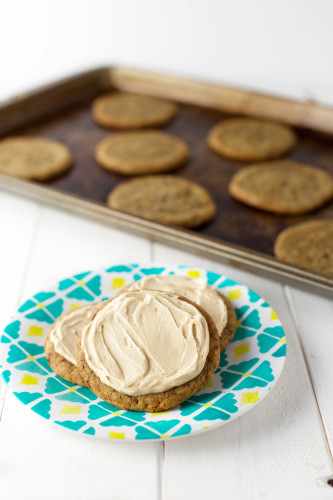 Coffee-Sugar-Cookies-with-Coffee-Frosting-via-@sweetasacookie-