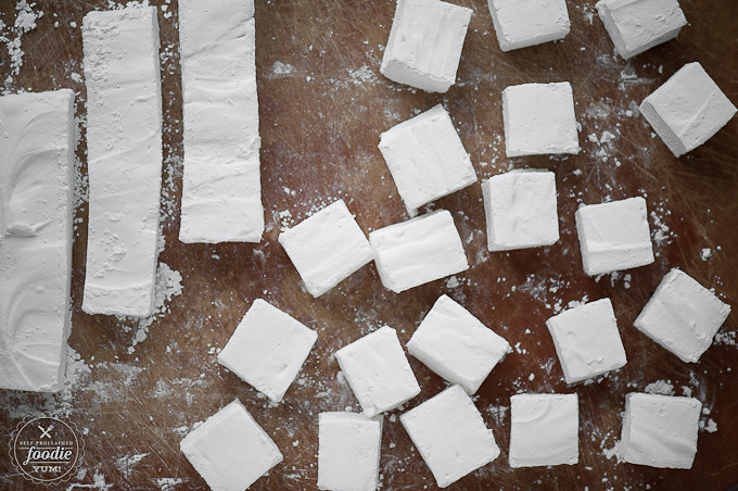 homemade-peppermint-marshmallows-square