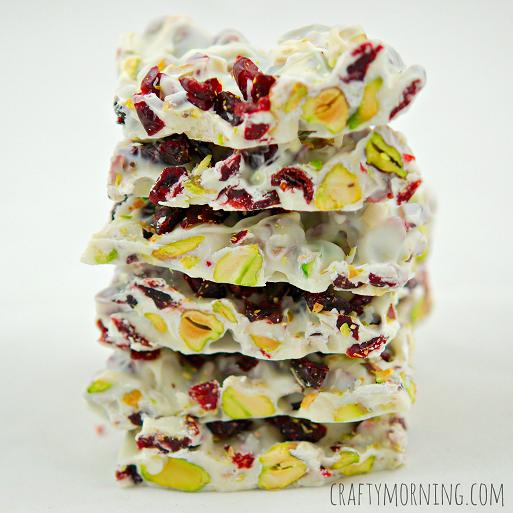 christmas-bark-recipe-craberries-pistachios