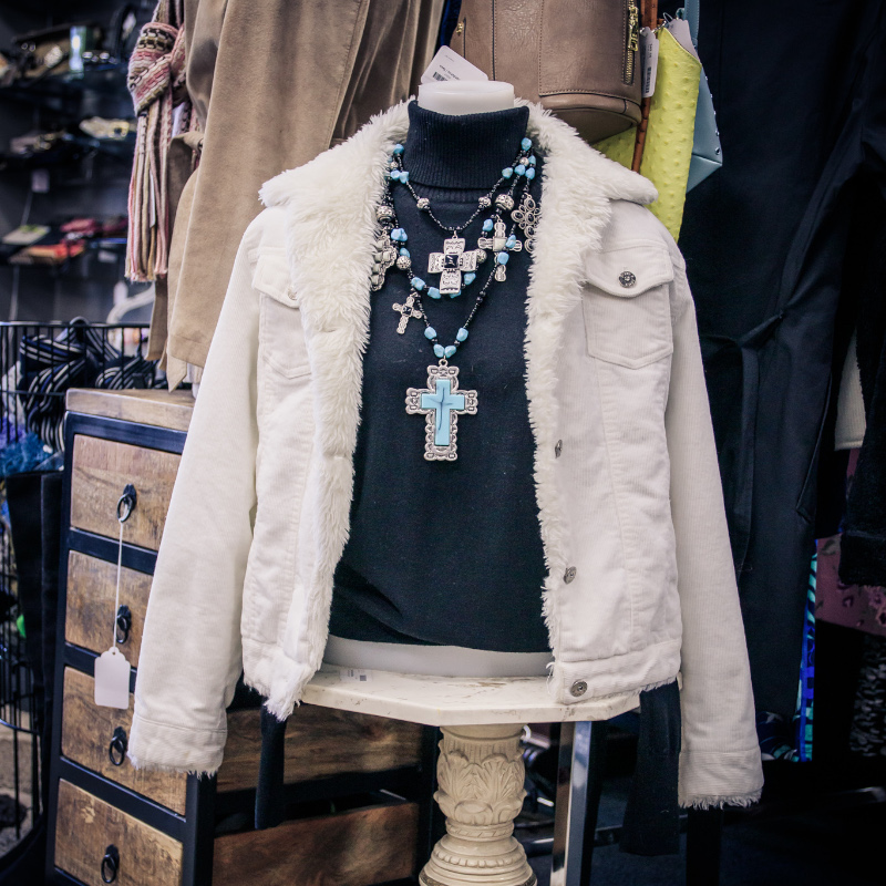 Simply Home Consignments   Clothing Image