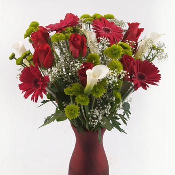 Charming Reds Valentine Bouquet