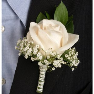 Classic Rose Ivory and Peach Boutonniere and Corsage Wedding Package