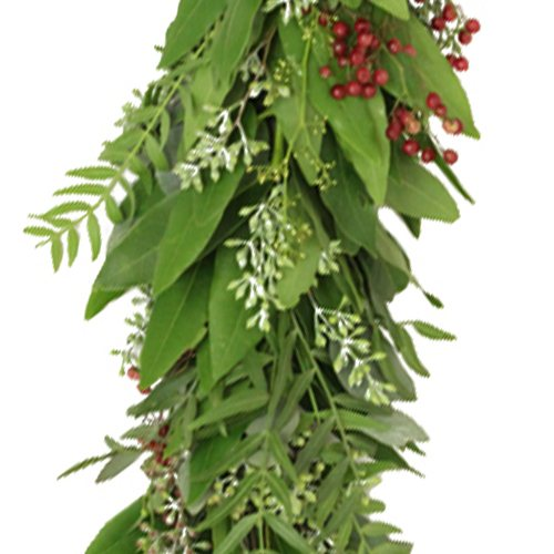 Seeded Eucalyptus, Bay Leaf, and Pepperberry Garland