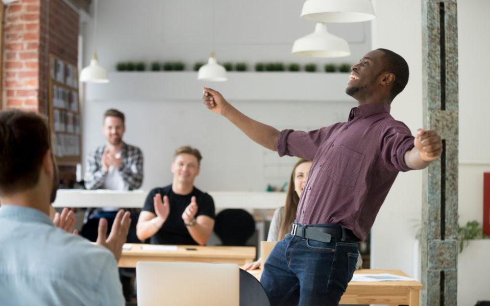 Colaboradores felizes são mais produtivos; entenda