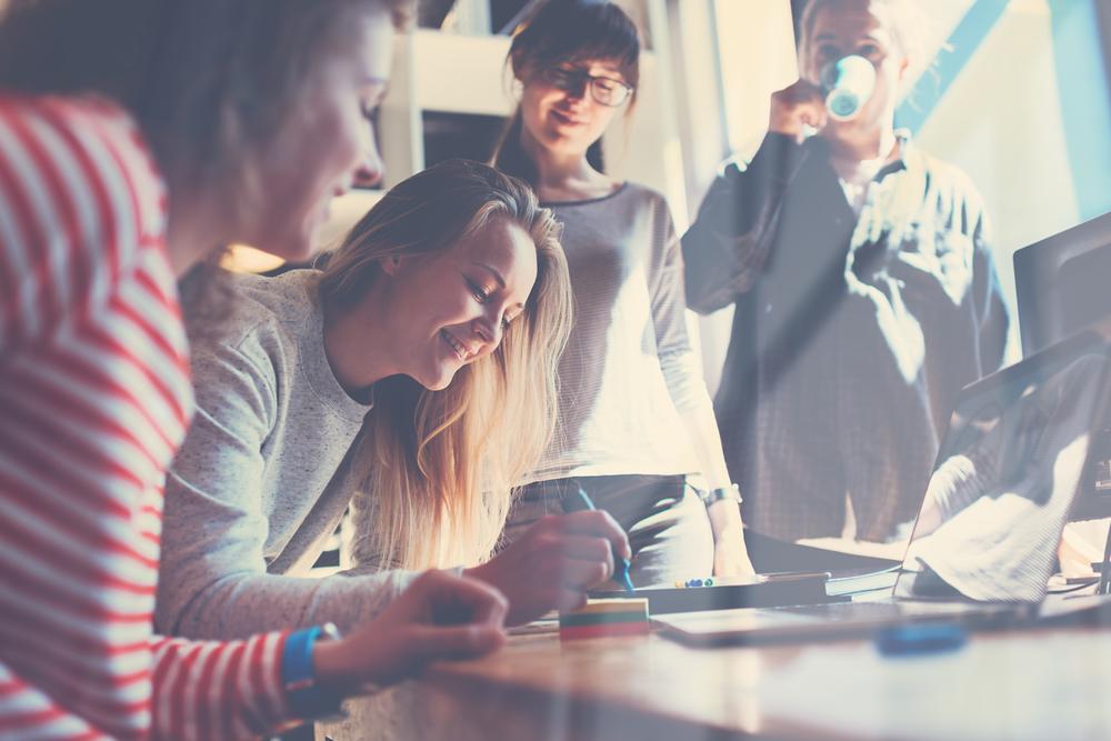 Dicas para criar um ambiente e uma equipe de trabalho feliz