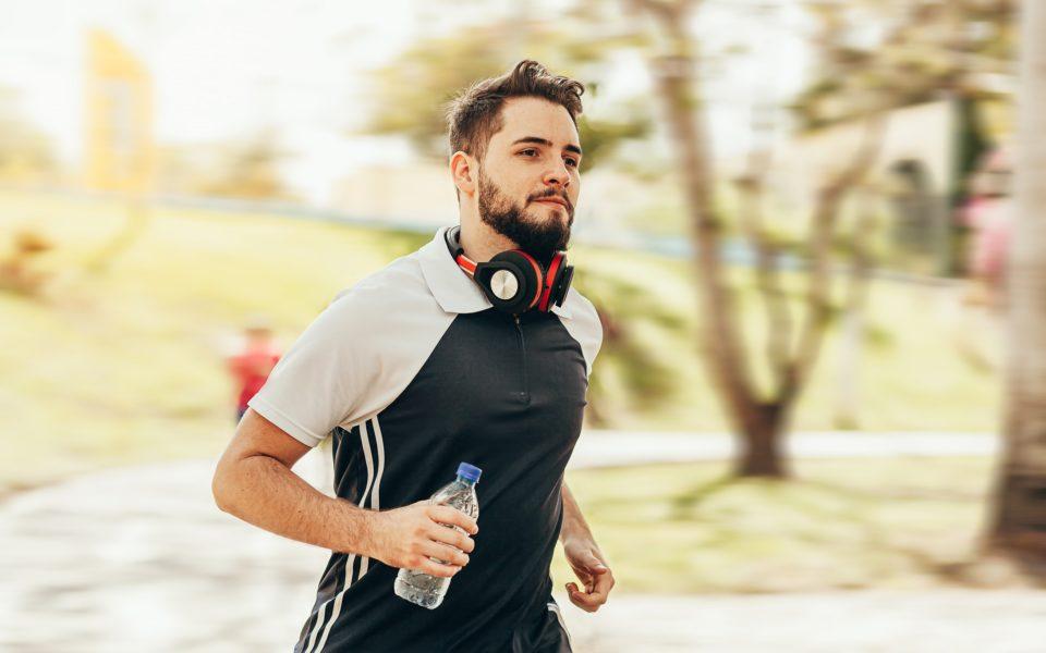Prática regular de atividade física favorece saúde (inclusive mental) do colaborador