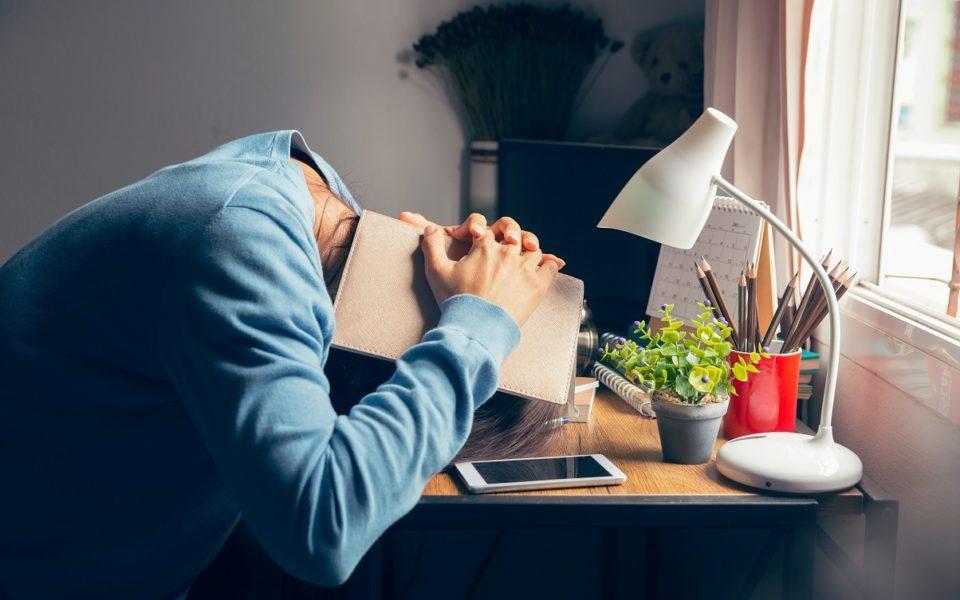 Estudo aponta impactos do home office para o bem-estar dos colaboradores; confira