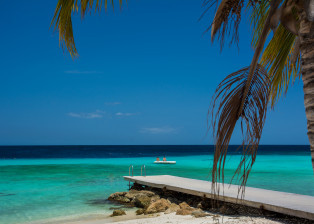 Ocean View, Ocean Dock, Lone Canoe, Turquoise water, Tranquil water