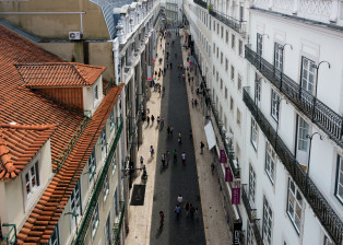 street, laneway, narrow, pedestrian, walk, walking, cobblestone
