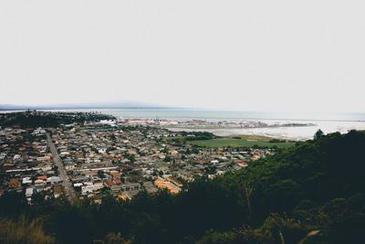 ocean, sea, water, city, cityscape, urban, wilderness, greenery, horizont, sky, contrast