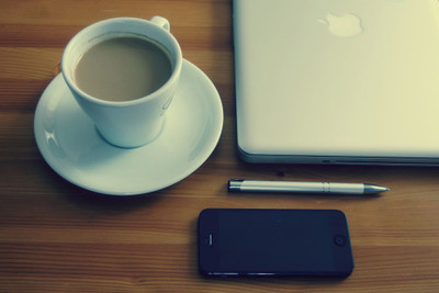 desk, notebook, pen, laptop, technology, smartphone, plate, iphone, work, business, coffee, drink