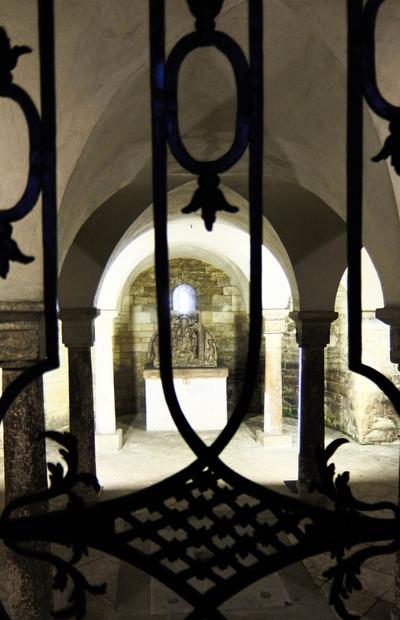 crypt, sacred, vault, religion, faith, church, door, architecture