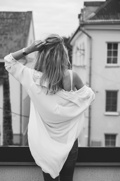 woman, girl, female, blonde, black, white, portrait, back, hairstyle, lifestyle, fashion, outfit