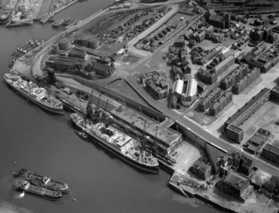old, black, white, aerial, view, port, harbour, river, piers, docks, ships, maritime, history