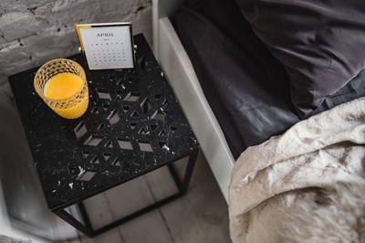 bed, bedroom, home, decor, interior, furniture, table, room, juice, drink, calendar