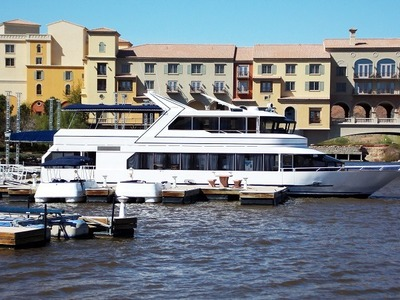 sea, water, summer, vacation, port, marina, harbour, yacht, yachting, luxury, boat