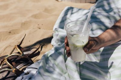 drink, glass, beverage, fresh, straw, summer, healthy, meal, soup, beach, hand