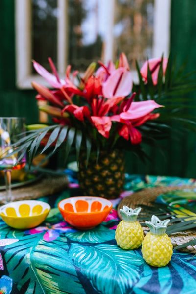 outdoor, table, garden, flowers, decor, tropical, exotic, pattern, fruit