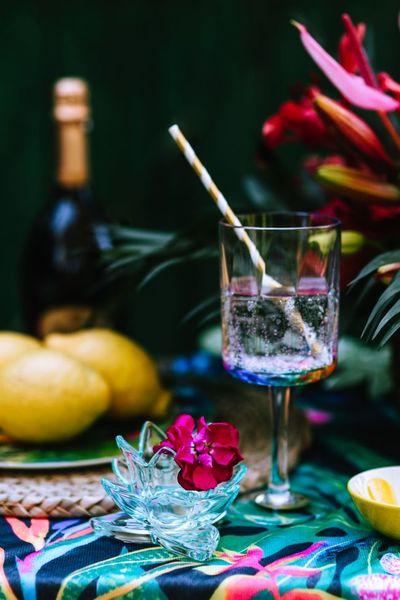 outdoor, garden, table, glass, drink, beverage, fresh, bokeh