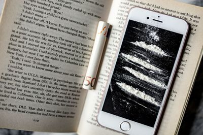 iphone, mobile, phone, technology, book, money, cocaine, coke, drug, lines