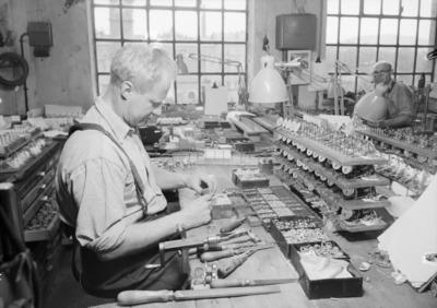 black, white, monochrome, old, vintage, industry, factory, man, men, working
