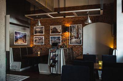 restaurant, interior, bar, pub, modern, chairs, tables, lamps, loft