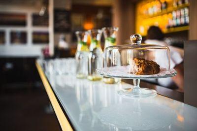 restaurant, cake, dessert, sweet, tasty, bokeh, interior