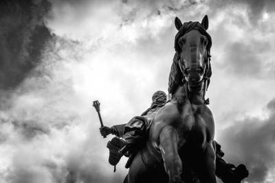 https://s3.amazonaws.com/sitebuilderreport-assets/stock_photos/files/000/039/420/small/Equestrian-Statue-of-Jan-Zizka-at-Czech-National-Museum-on-Vitkov-hill-7849-600x400.jpg?1509111070