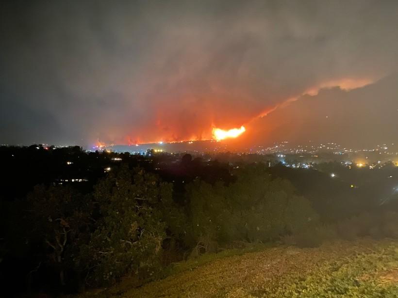 Fire2112619