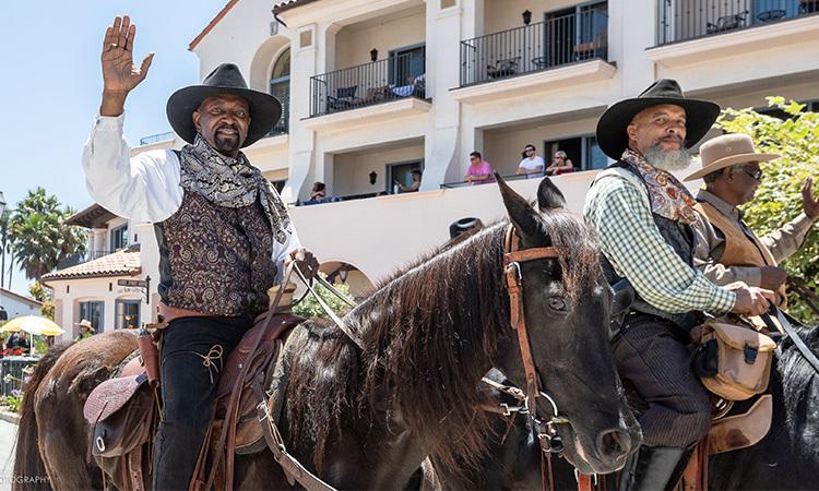 El Desfile Histórico (Historical Parade)/ 12pm (noon)