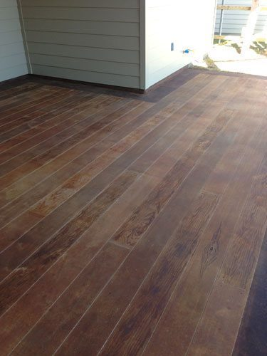 Wood Patio Floors: Decorative Concrete Looks Real AND Weathers Well!