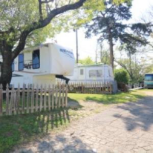 Cedar Ridge Mobile Home & RV Park Paved Roads