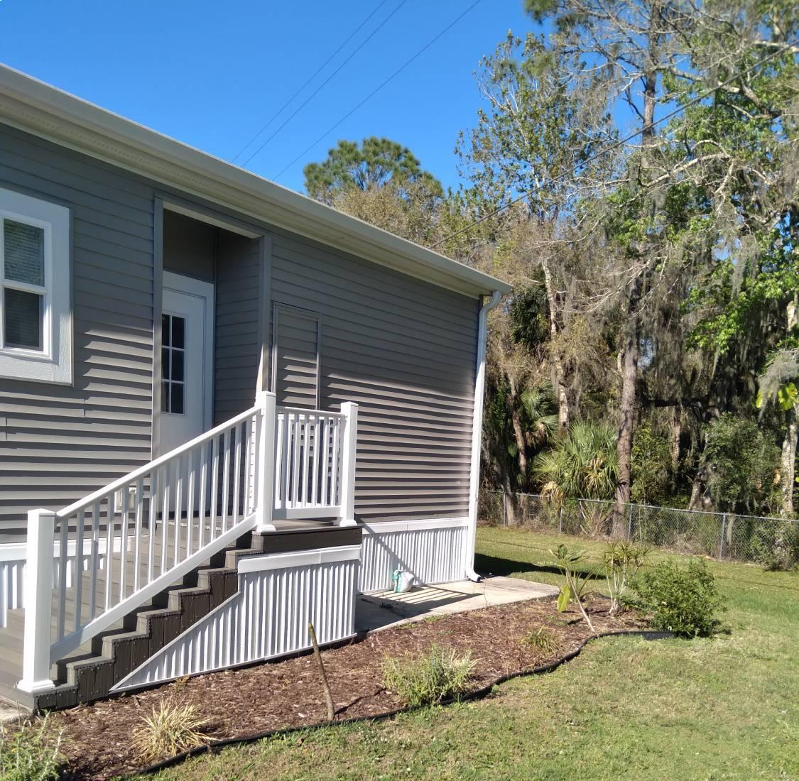 Lot #18 Palm Harbor Home-7