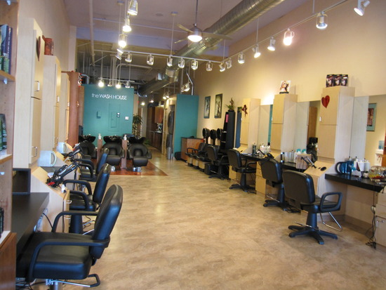 Cutting edge hair and body salon calle real center for A cutting edge salon