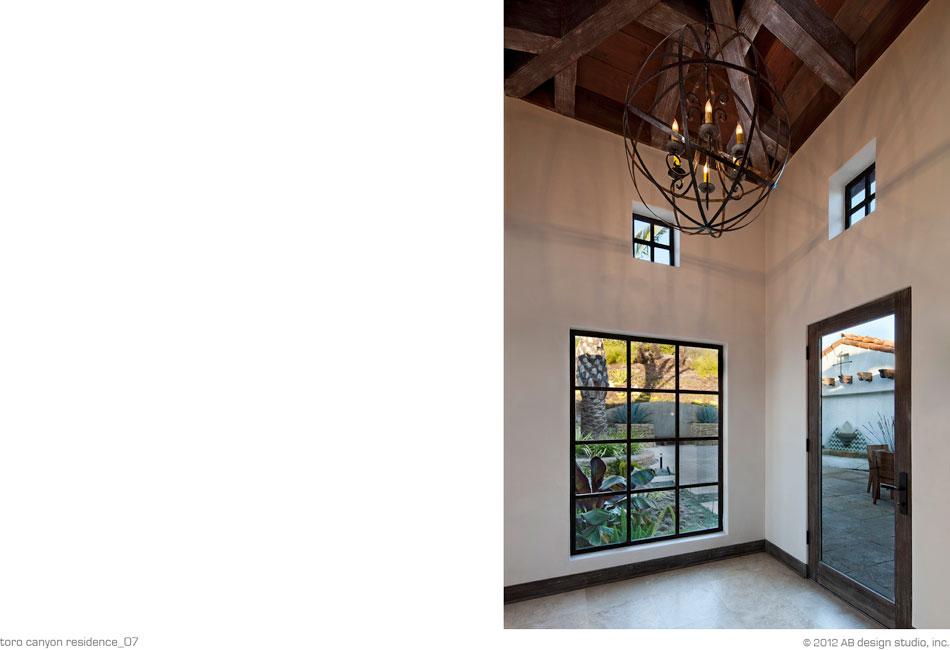 Toro Canyon Residence