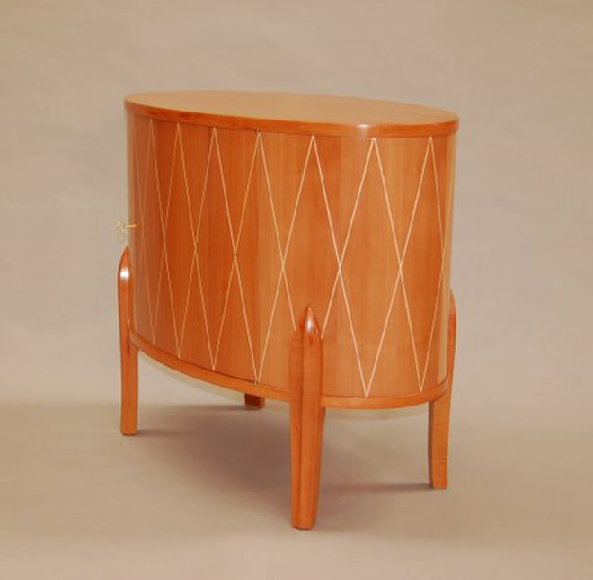 Elliptical-pearwood-cabinet-with-maple-diamond-pattern