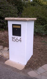 Stucco Block Locking Mailbox Flagstone Cap
