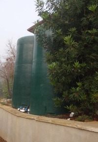 rainwater tanks tall vertical