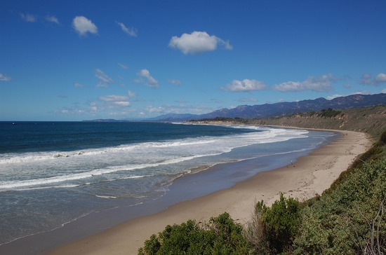 Santa Barbara Beach Community