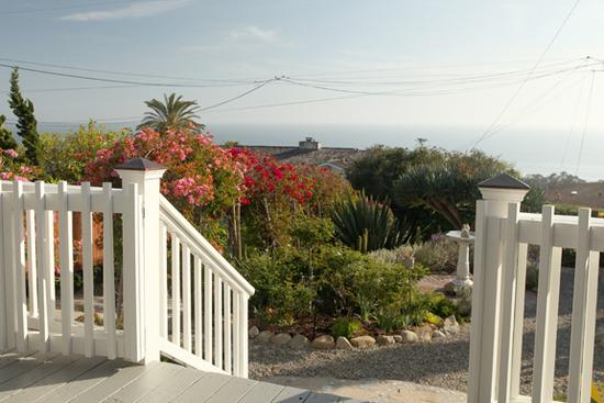 Seaview Cottage Front Deck Ocean View