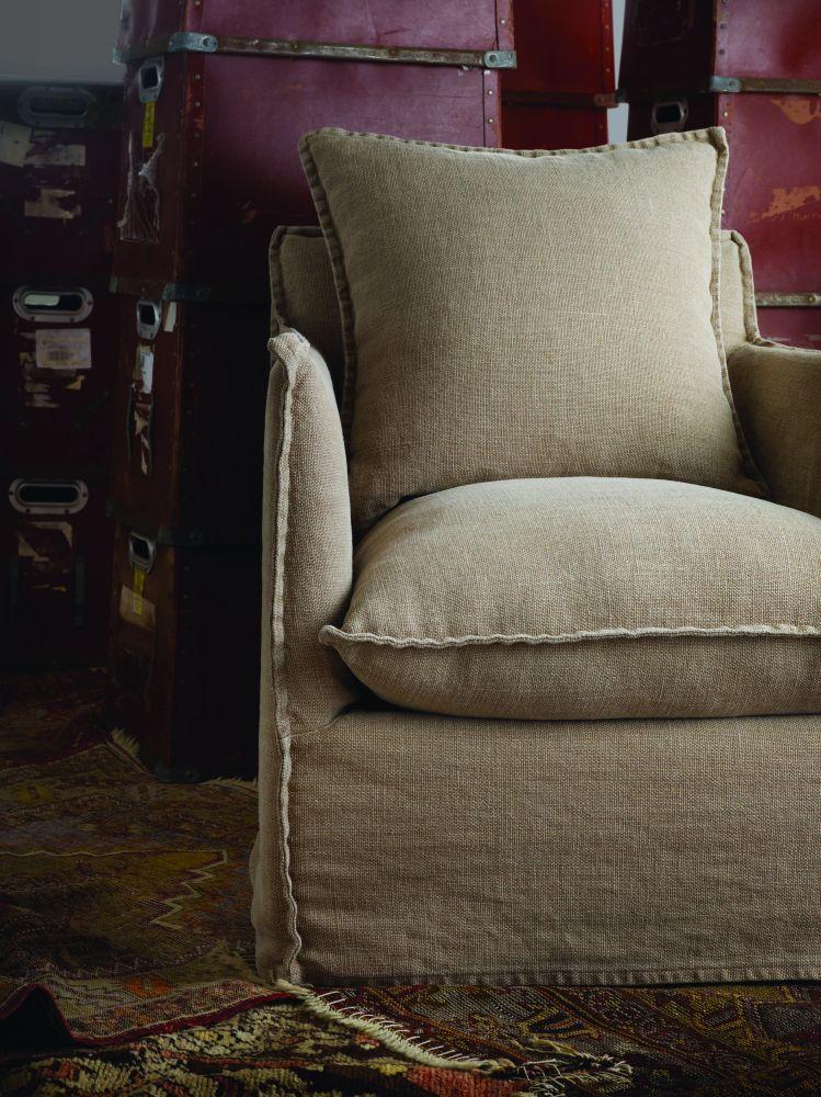 Lee Swivel Chair