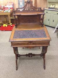 Victorian Ladies Desk