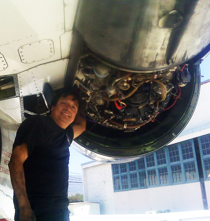 US Airways Jet Engine Mechanic Cesar Zevallos