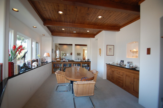 Beautifully upgraded Down Town Condominium, $795,000.00 SOLD